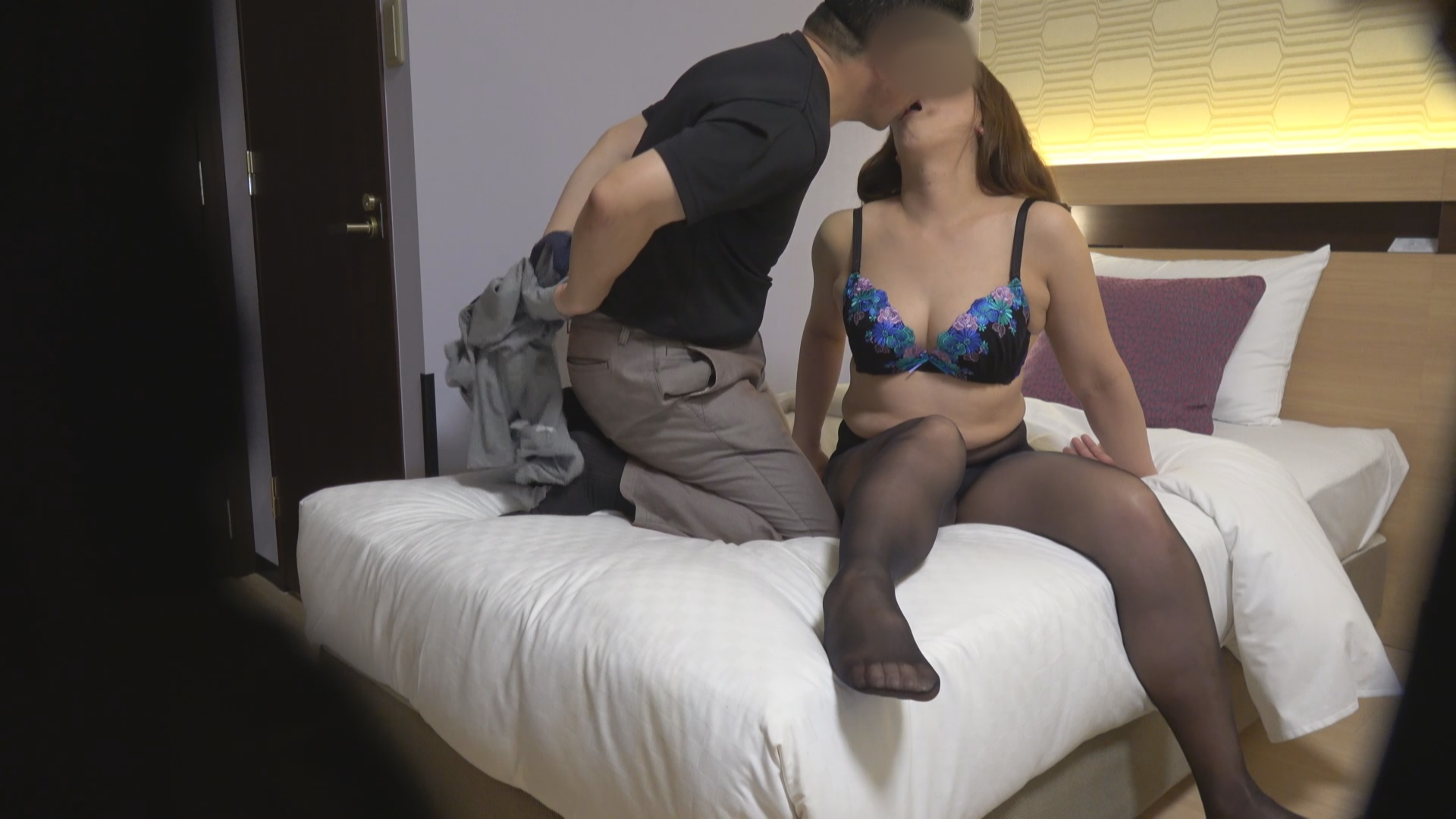 FC2 PPV 1249584 shooting Yumiko 52-year-old, blindfolded cuckold hen is replaced by a stranger stick