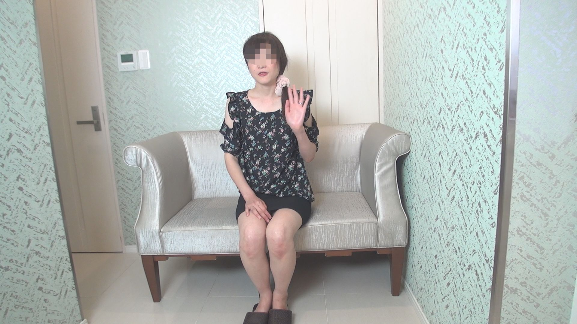 "FC2 PPV 1208386 Sexual confession documentary of affair housewife ""You. Serious wife is naughty"" shooting"