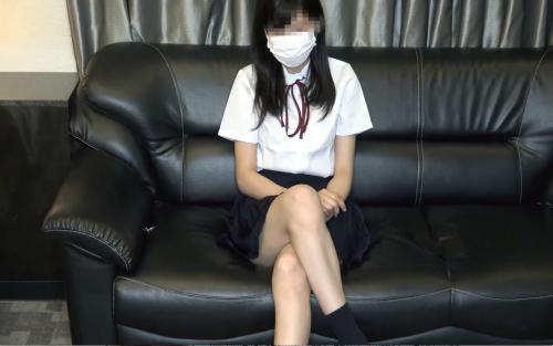 FC2-PPV-1145803 りなちゃん18歳1作目!初々しい清楚系美少女を「コスプレ撮影」と騙して流れで極狭パイパンまんこに生ハメしたリアル動画【2本立て】